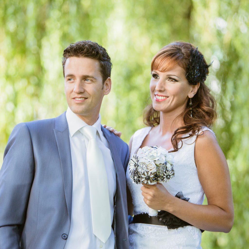 Bruidskapsel half opgestoken