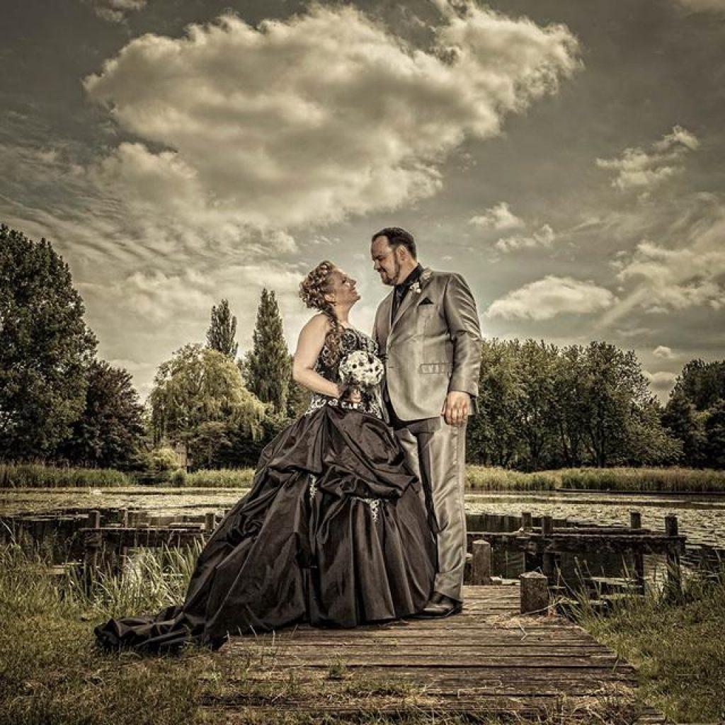 Bruidskapsel half opgestoken (14)