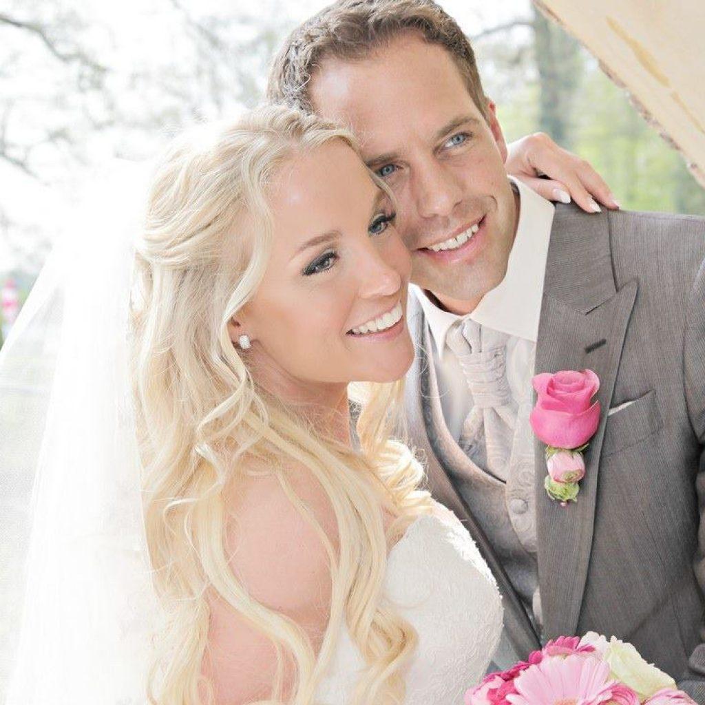Bruidskapsel half opgestoken (8)