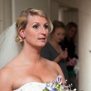 bruidskapsel nochalant opgestoken (4)