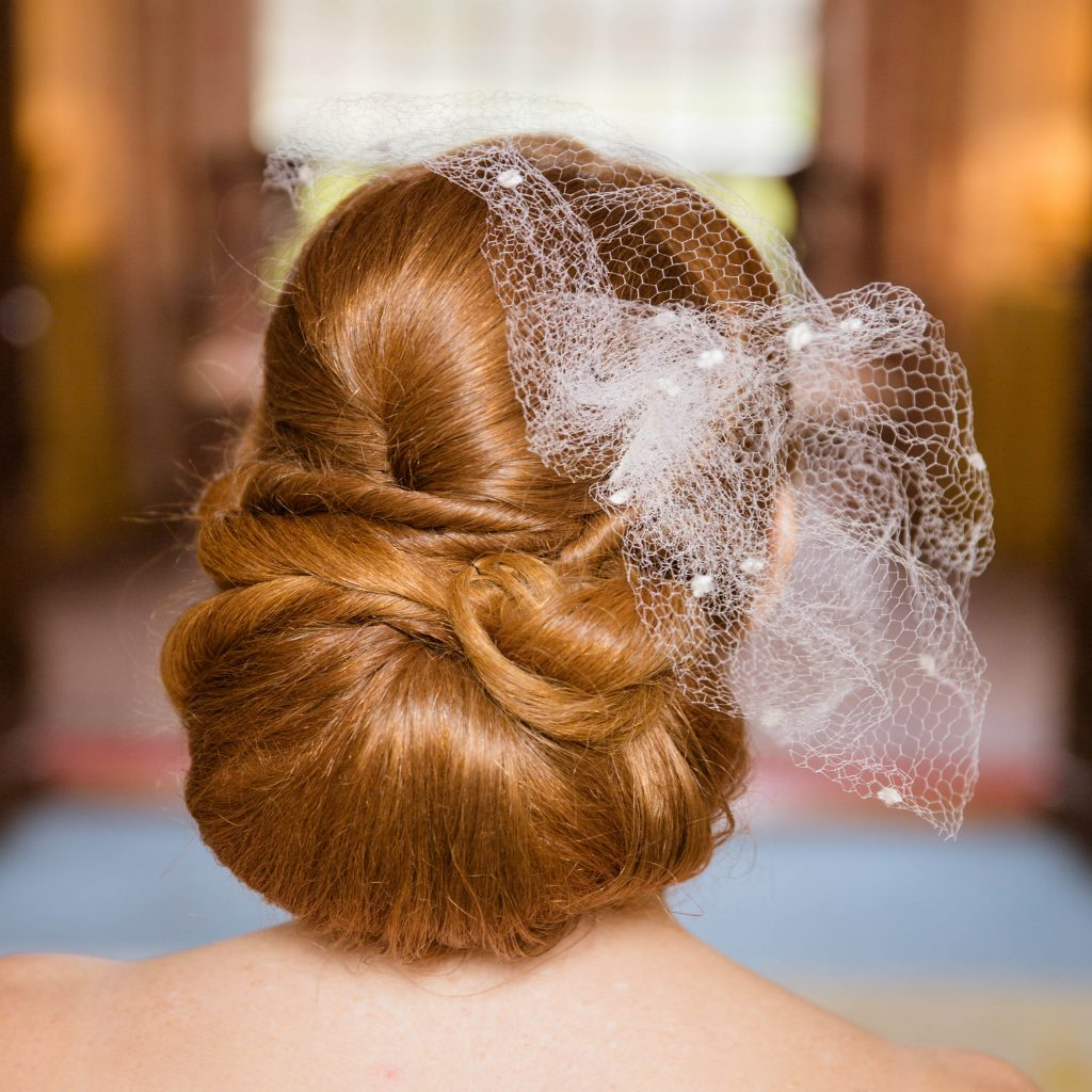 klassiek opgestoken bruidskapsel (3)