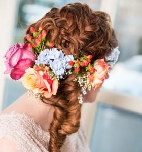 POPpictures-verse bloemen in bruidskapsel- vlecht bruidskapsel