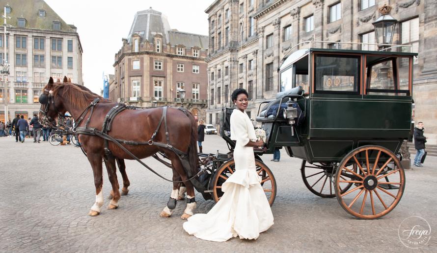 bruidsmake-up en kapsel aan huis in Amsterdam