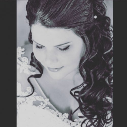half-opgestoken-bruidskapsel