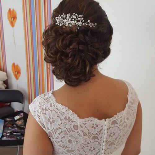 opgestoken-bruidskapsel-krullen